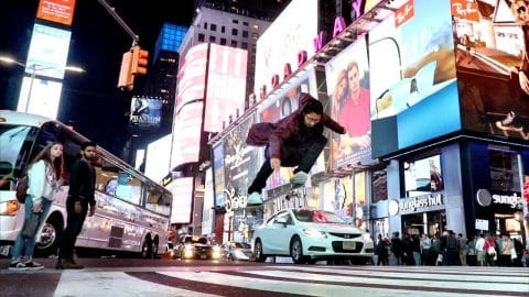 A DAY IN NEW YORK CITY - Luis Mora
