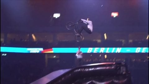 BMX Leon Binckebanck x Night of the Jumps | Reell Teamriders