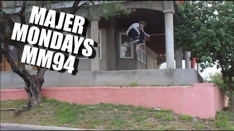 KICKFLIP HUGE HOUSE GAP MM94 | MAJER Crew
