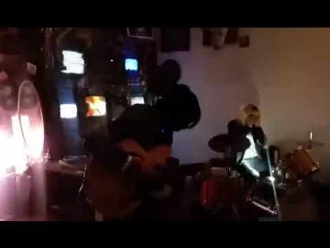 MECHACHIEF: Wrong Time Wrong Place Fool (LIVE) - Joey Sinko