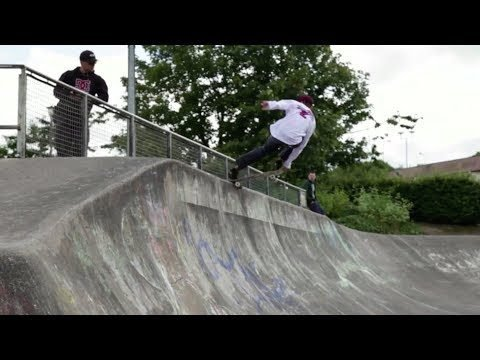 Santa Cruz EU: Saul Crumlish at Livi (Part 01) - Pixels